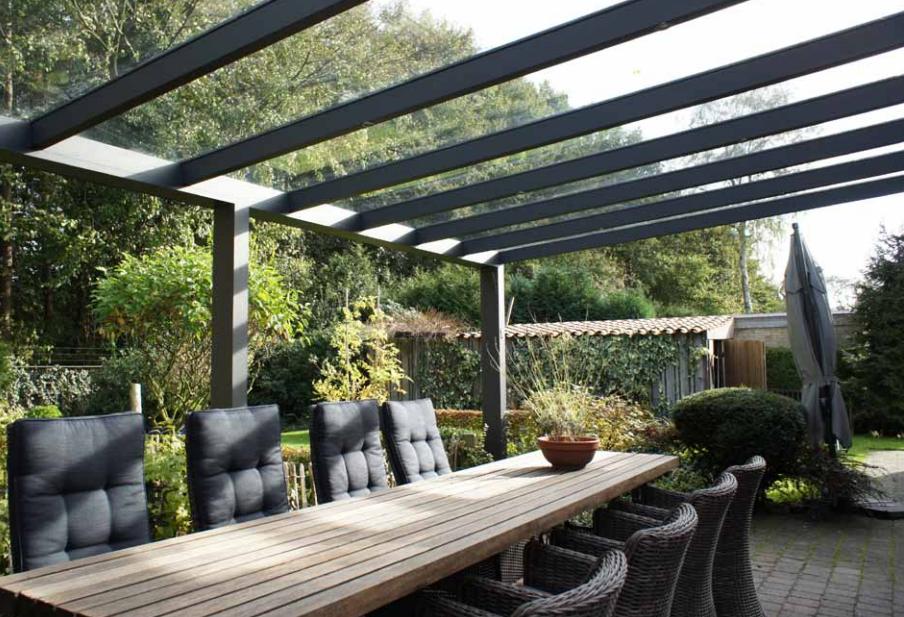 Losse Overkapping Tuin : Buitenleven met een terrasoverkapping van zonservice